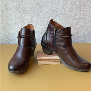 Pikolinos Rotterdam tassel ankle boots brown sz 8